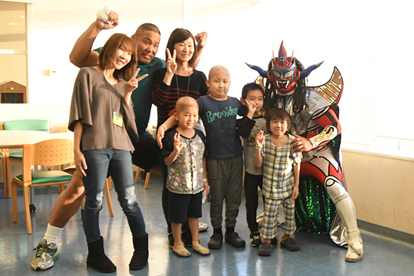 Liger and Nakanishi visit the National Center for Child Health and Development!